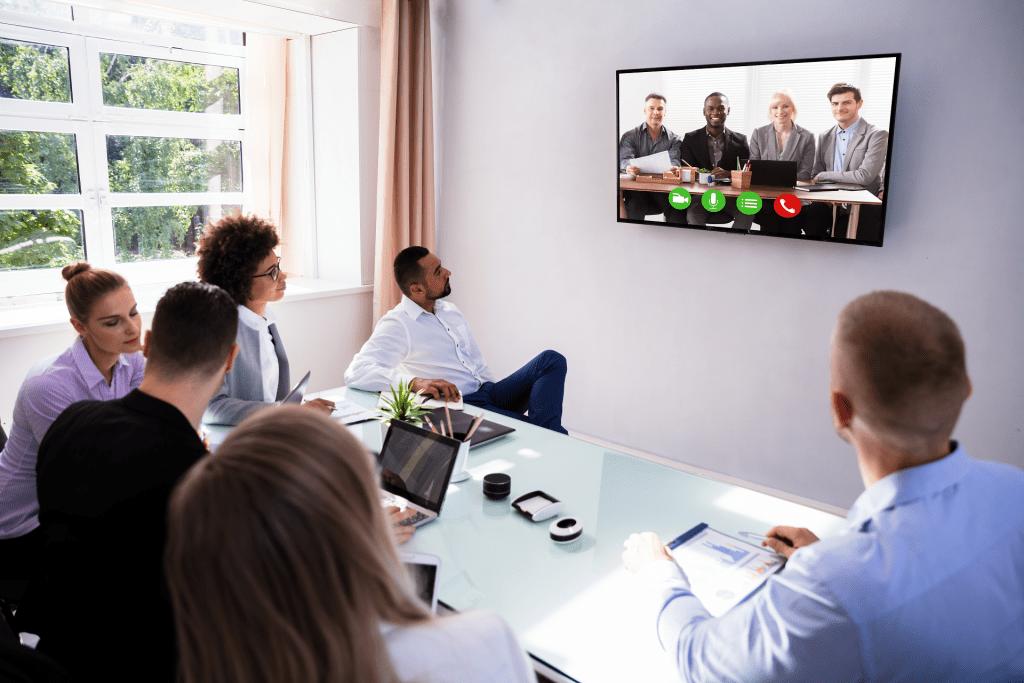 keep remote meetings enaged